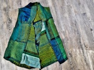 Green woven jacket